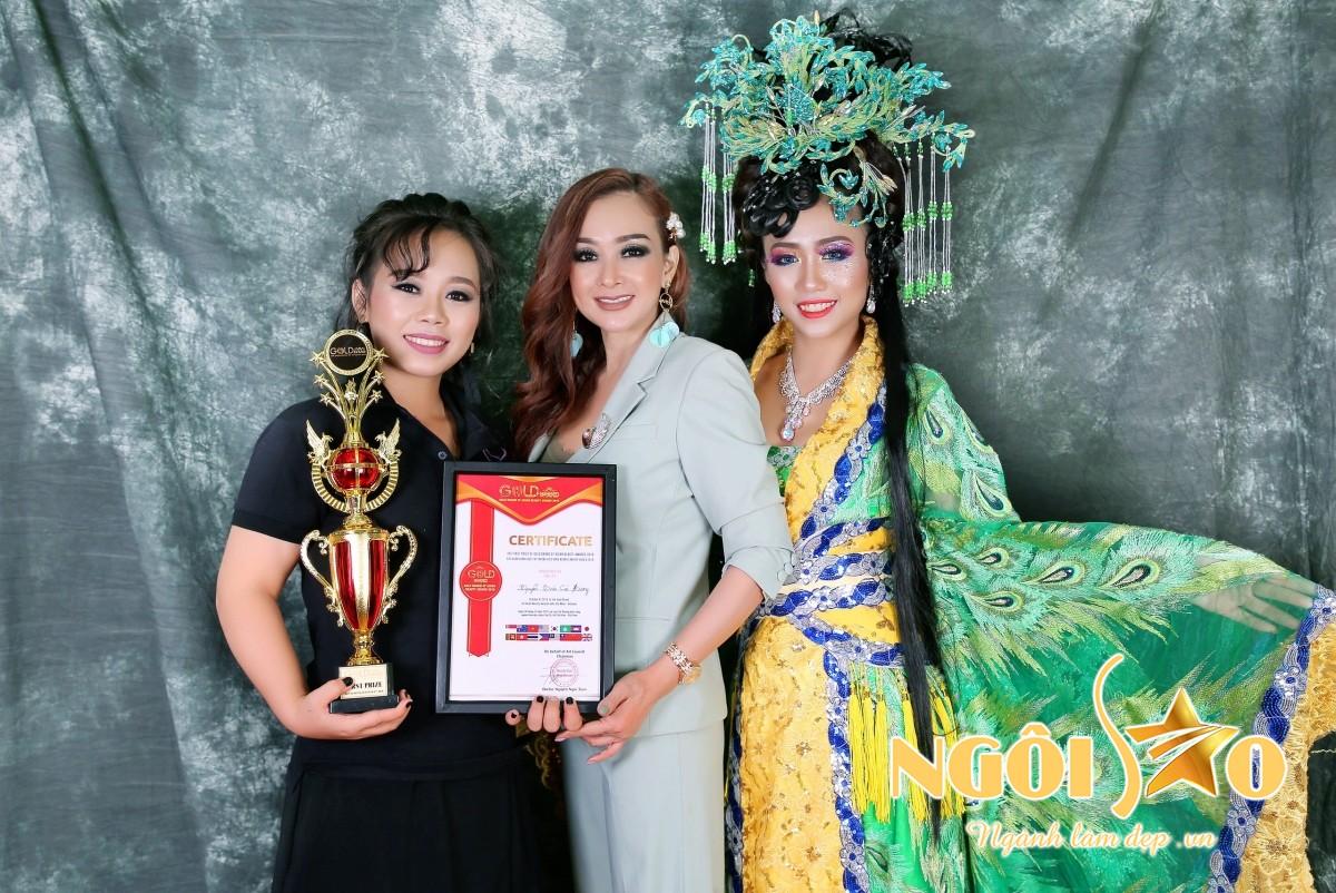 Đây là thành tích ấn tượng với chuyên gia Cúc Hương(Tân quán quân Make Up châu Á - Chuyên gia Cúc Hương - Học Viên tại Crystal Spa 26A Trần Quốc Thảo, P.6, Q.3, TP.HCM)